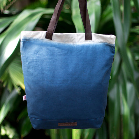 Global Traveller Cotton Changing bag - Dip Dye