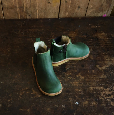 Wool Lined Leather Chelsea Boots w/ Zip - Oiled Green - 22-35 (UK 5-2.5)