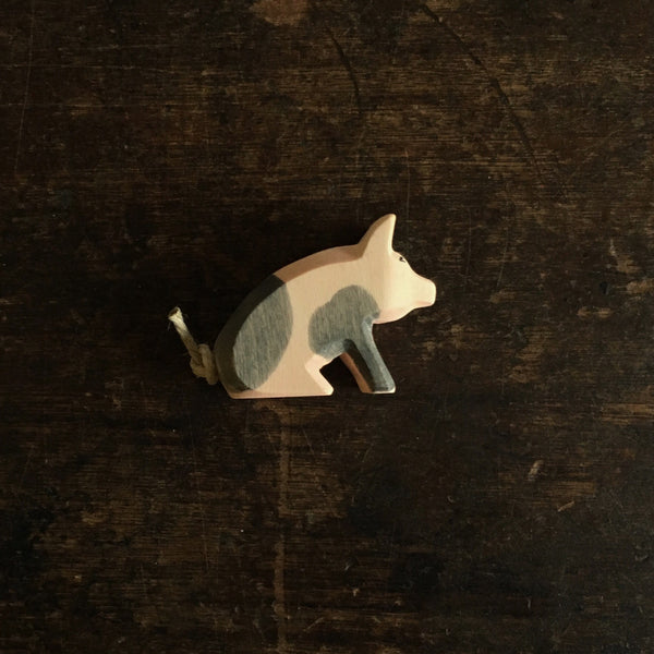 Handcrafted Sitting Spotted Piglet