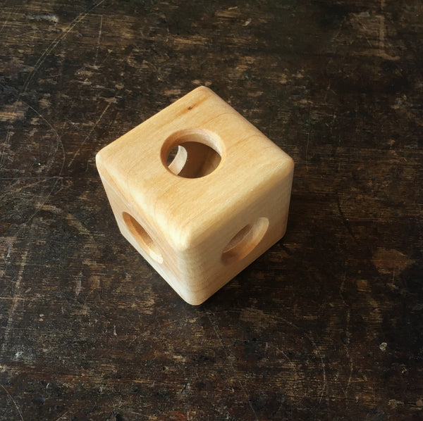 Wooden Cube Rattle - Natural