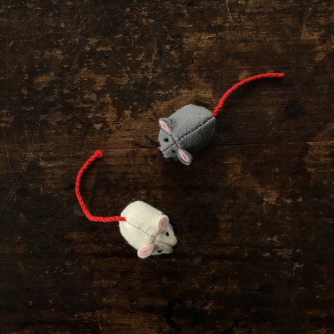 Handmade Wool Mouse - Grey or White