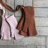 Merino Wool Sylfaen Fingerless Mittens - Blush