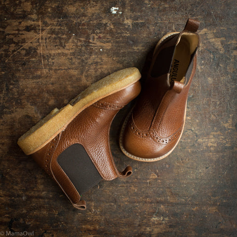 Leather Chelsea Boots With Brogue detailing - Brown