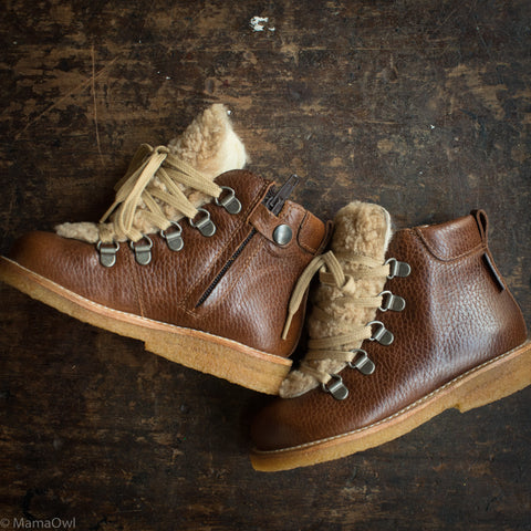Wool Lined Lace Up Boots w/Zip And Sheepskin Detail - Cognac