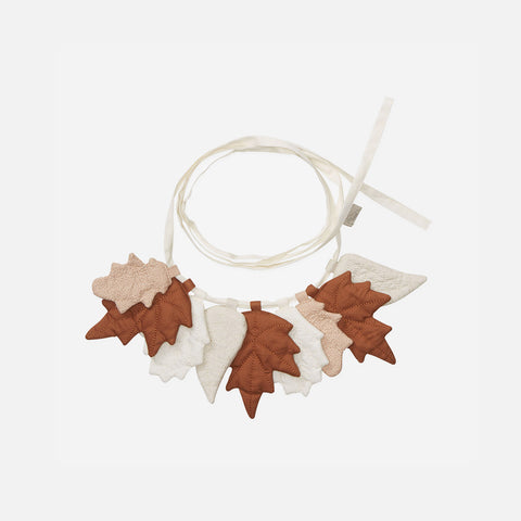 Organic Cotton Leaves Garland - Caramel