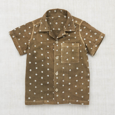 Organic Cotton Backyard Button Down Shirt - Olive Dot