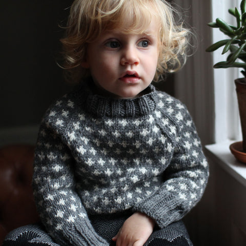 Knud handknitted Wool sweater Grey 1-10y
