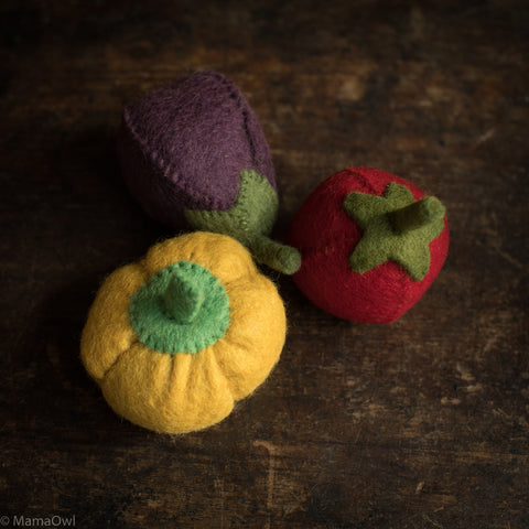 Felted Wool Vegetable Set - Pepper, Aubergine  & Tomato