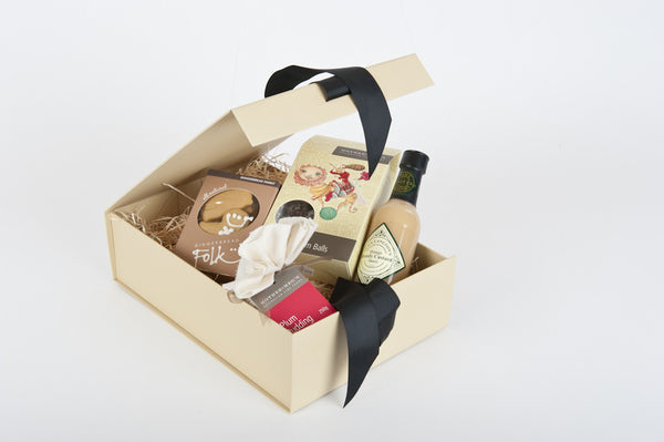 Christmas Sweet Delight Hamper