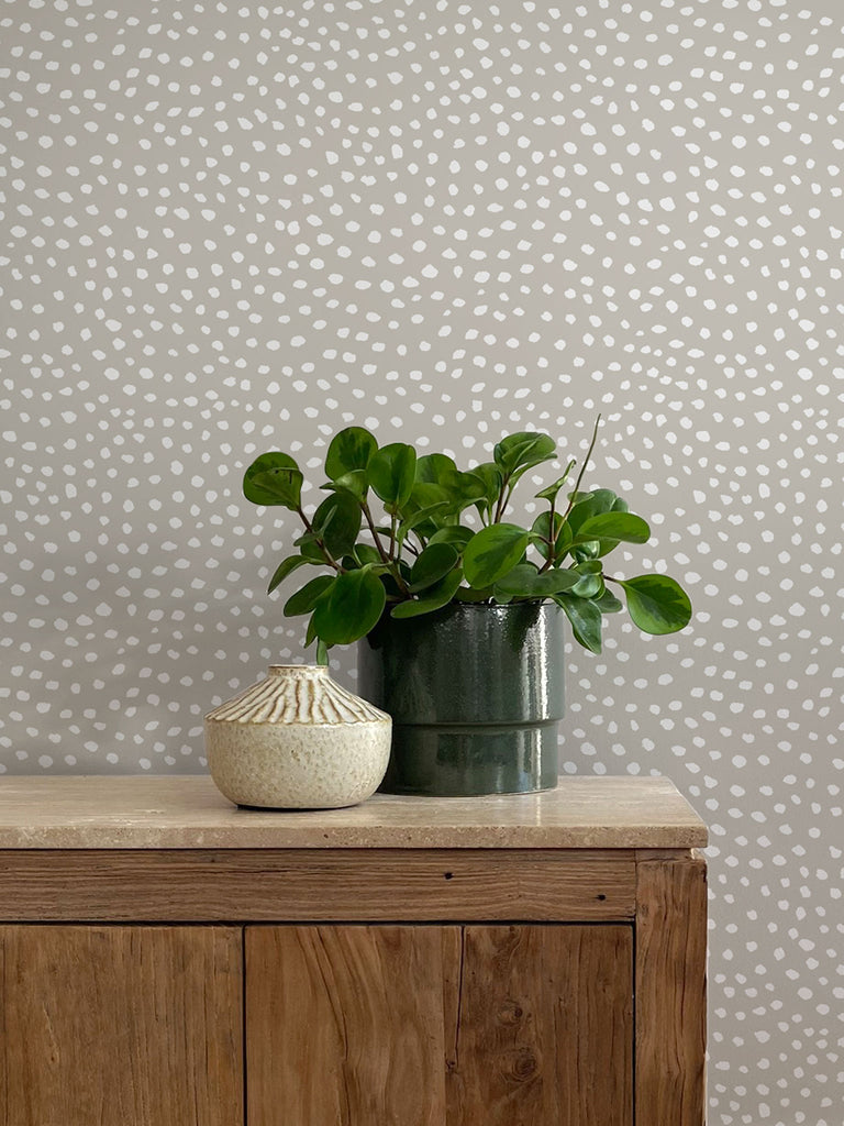 Scallop Dots Wallpaper. Reverse Linen