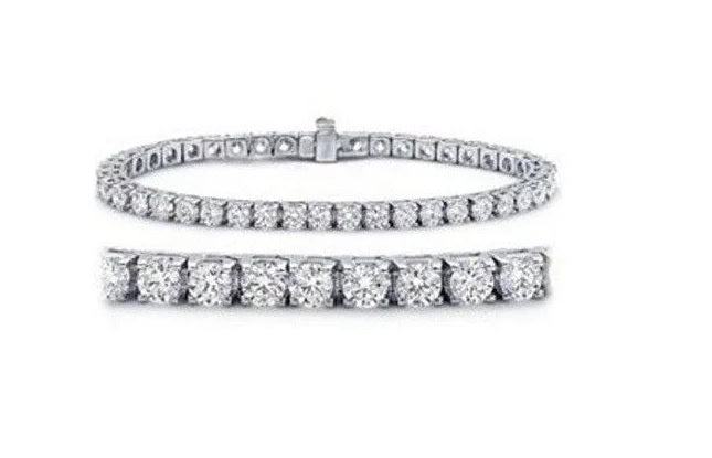 3.20ct [68] Round Brilliant Cut Diamond Tennis Bracelet set in 18kt White Gold