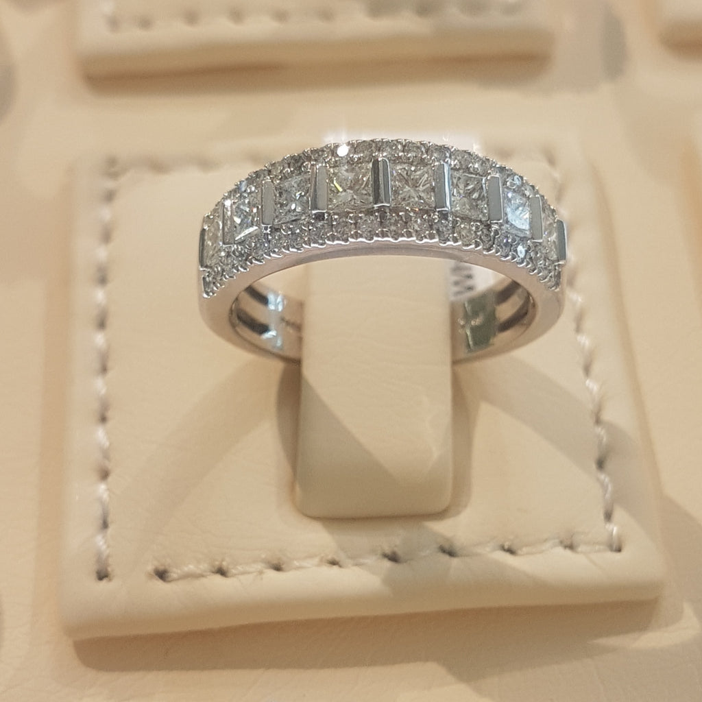 1.00ct Round and Princess Cut Diamonds | Designer Band | 14kt White Gold
