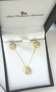0.62ct [60] Round Cut Diamonds | Necklace and Earrings | 18kt Yellow Gold