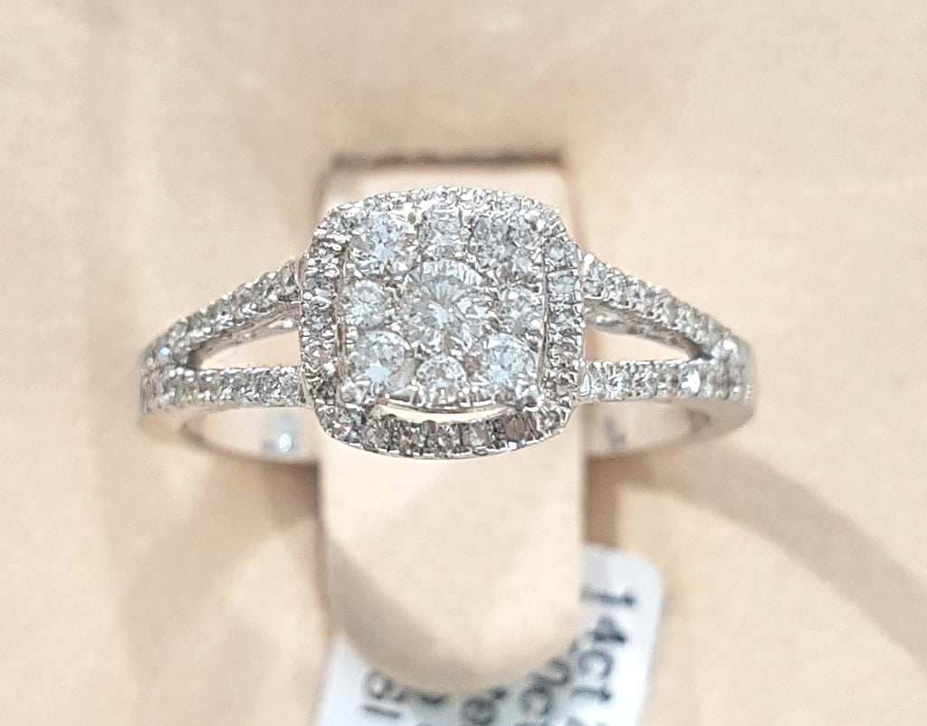 0.50ct Round Brilliant Cut Diamonds | Designer Ring | 14kt White Gold