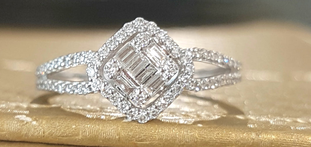 0.50ct Round and Baguette Cut Diamonds | Split Shank | 14kt White Gold