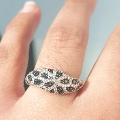 0.75ct Round Cut Black and White Diamonds | Designer Band | 10kt Rose Gold