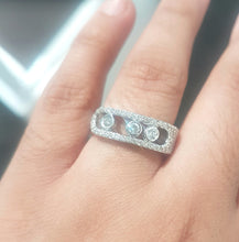 Load image into Gallery viewer, 0.83ct [61] Round Brilliant Cut Diamonds | Designer Ring | 18kt White Gold
