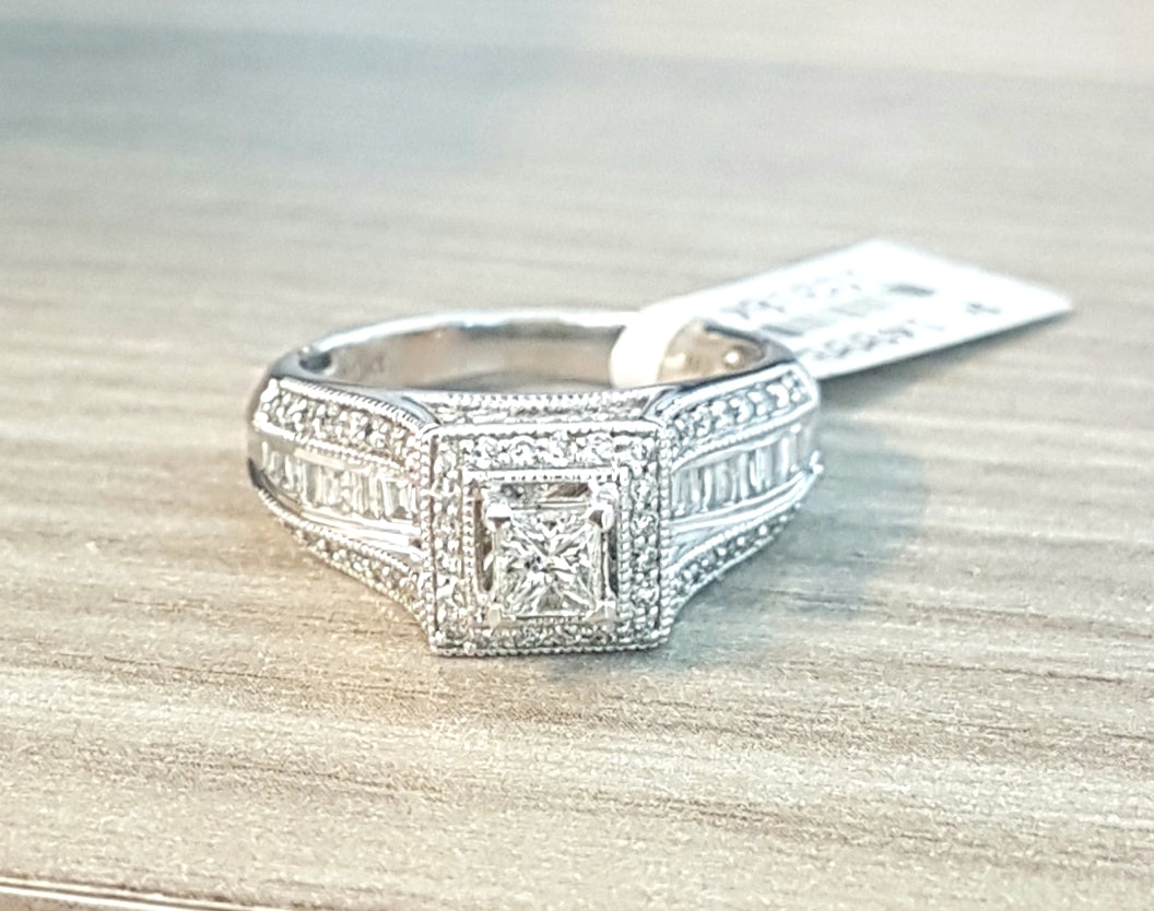 1.00ct Round Brilliant, Baguette and Princess Cut Diamonds | Designer Ring | 10kt White Gold