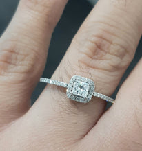 Load image into Gallery viewer, 0.40ct Princess and Round Cut Diamonds | Designer Ring | 14kt White Gold