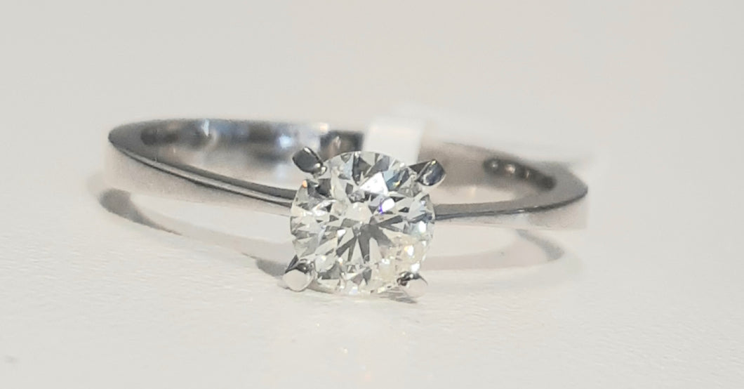 0.52ct Round Brilliant Cut Diamonds | Solitaire Design | 18kt White Gold