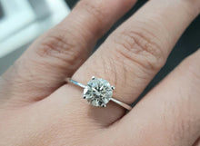 Load image into Gallery viewer, 1.0780ct Round Brilliant Cut Diamond | Solitaire Design Ring | 18kt White Gold