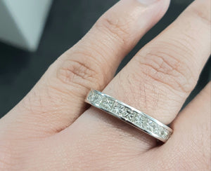 1.00cts [10] Princess Cut Diamonds | Channel Band | 9kt White Gold