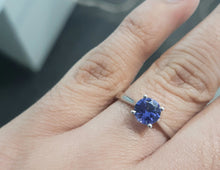 Load image into Gallery viewer, 0.80ct Round Cut Tanzanite | Solitaire Design Ring | 9kt White Gold