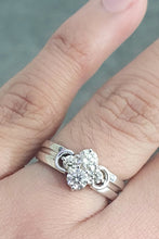 Load image into Gallery viewer, 0.55cts [4] Round Brilliant Cut Diamond | Designer Cluster Ring | 18kt White Gold