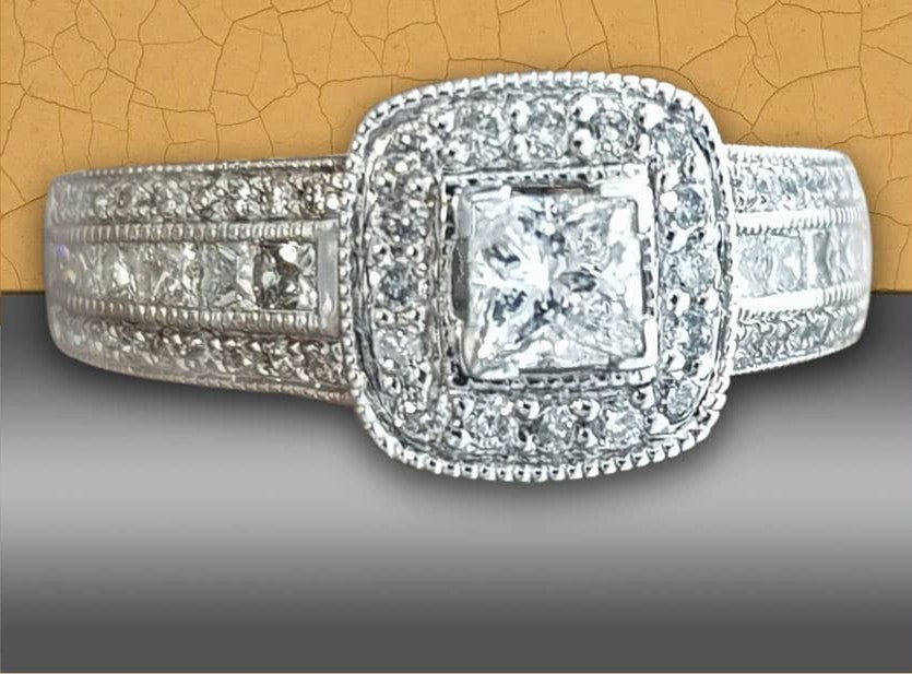 1.00ct Round and Princess Cut Diamonds | Pave Design | 14kt White Gold