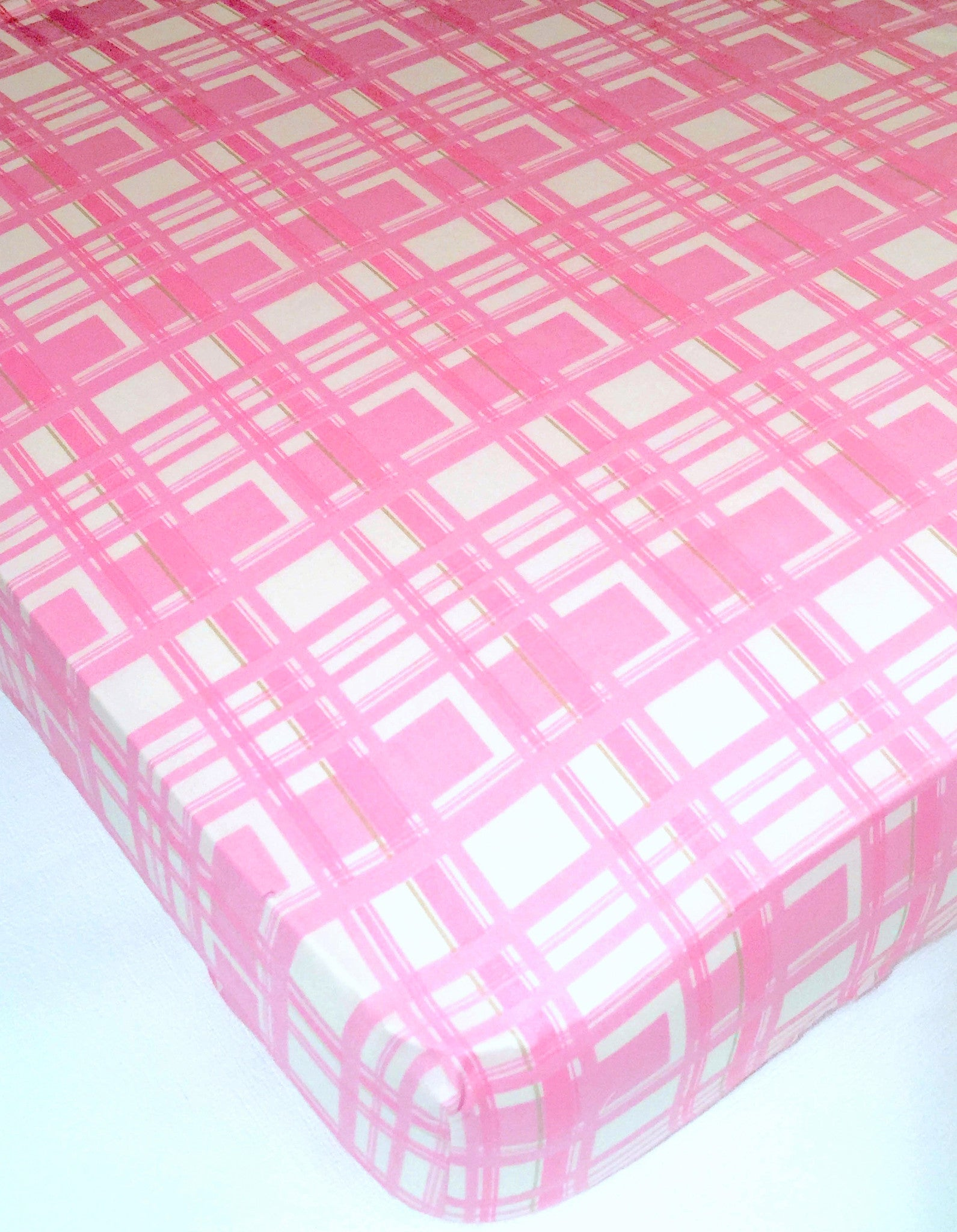 shell gabrielle fitted girl crib sheet