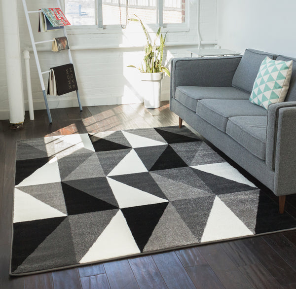 "Amazing Grey Geometric 2'3"" x 7'3"" Runner Rug"