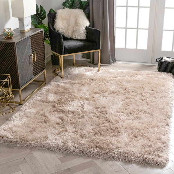 Chie Glam Solid Ultra-Soft Beige Shag Rug