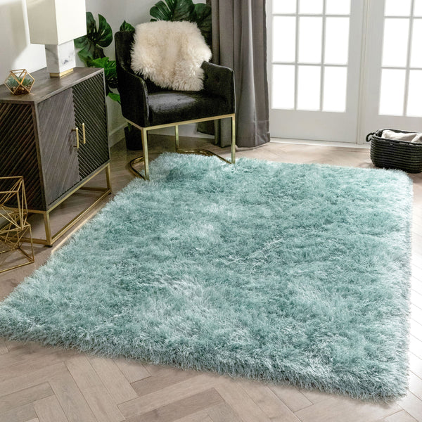 Chie Glam Solid Ultra-Soft Light Blue Shag Rug