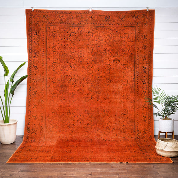 "Cynna Burnt Orange Overdyed Medallion One-of-a-Kind Handmade Wool Area Rug 7'10"" x 11'8"""