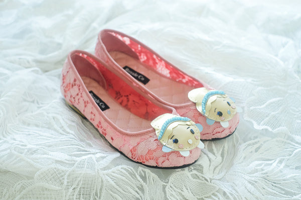 LACE FLAT SHOES WITH CINDERELLA HANDMADE LEATHER CHARM - BABY PINK