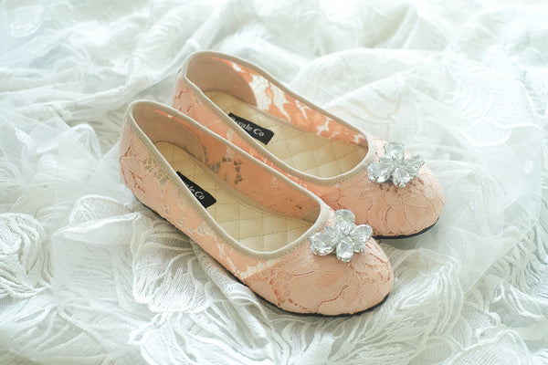 LACE FLAT SHOES WITH BUTTERFLY SWAROVSKI - PEACH