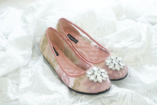 DOLCEA LACE FLAT SHOES WITH SWAROVSKI CRYSTAL - BABY PINK GOLD