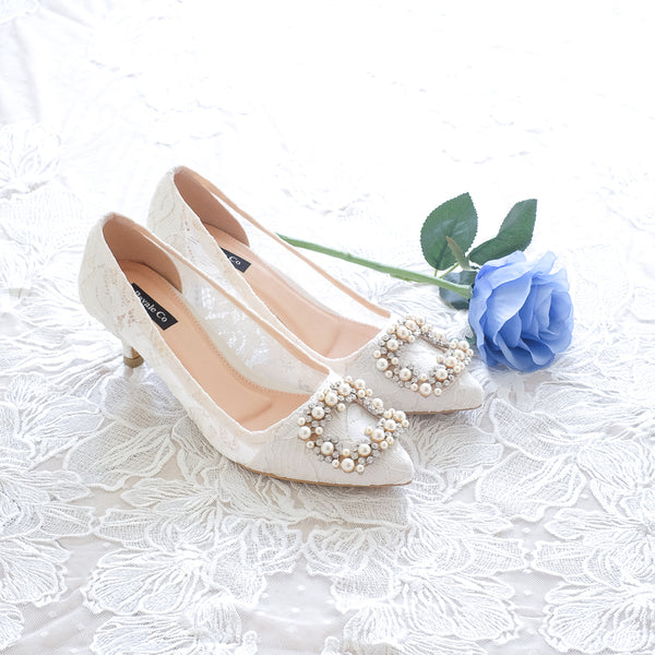 COCO LACE POINTED HEELS 5CM WITH PEARL CRYSTAL - WHITE