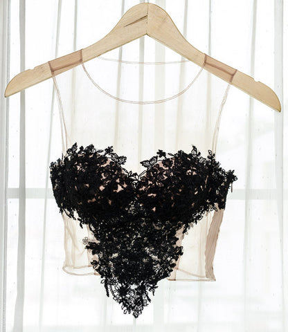 LACEY TOP V HEART SHAPED - BLACK