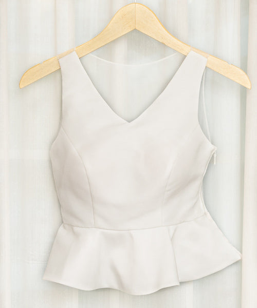 BRITNEY SLEEVELESS TOP - WHITE