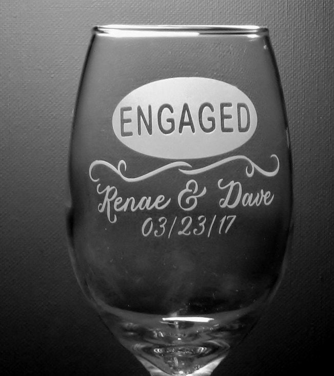 Oval Banner Personalized Engaged Wine Glass Set Engagement Couple Gift Engaged Party Gift