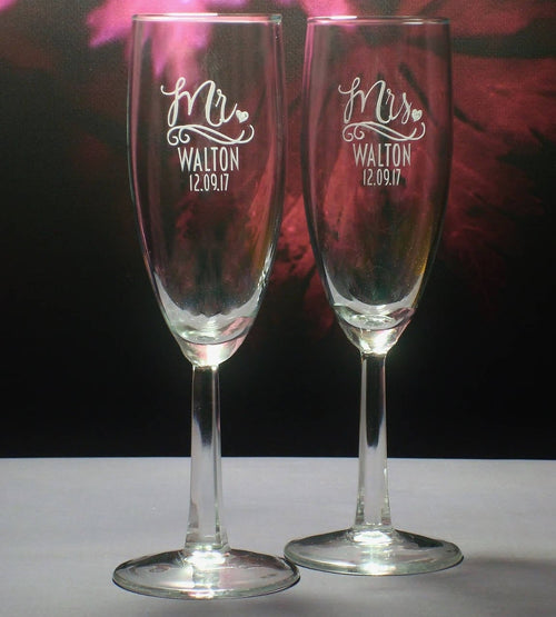 Mr. and Mrs. Champagne Toasting Flute Set | Personalized Champagne Flutes | Mr. and Mrs. Gift | Wedding Couple Gift | Toast Glasses