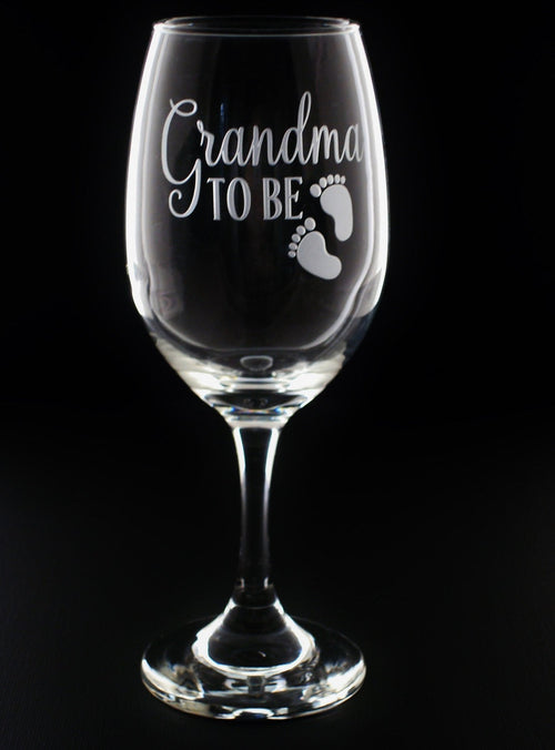 Grandma To Be Grandma Pregnancy Reveal Wine Glass | Pregnancy Reveal Gift | Grandma To Be Gift for Her