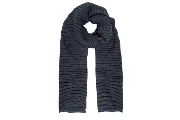 DAISY Chunky Knit Scarf | Charcoal