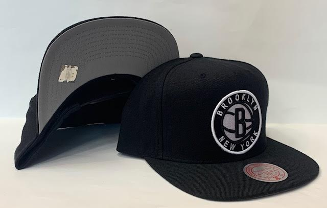 "Mitchell & Ness Brooklyn Nets Team Ground Snapback ""Black White"" $30.00"