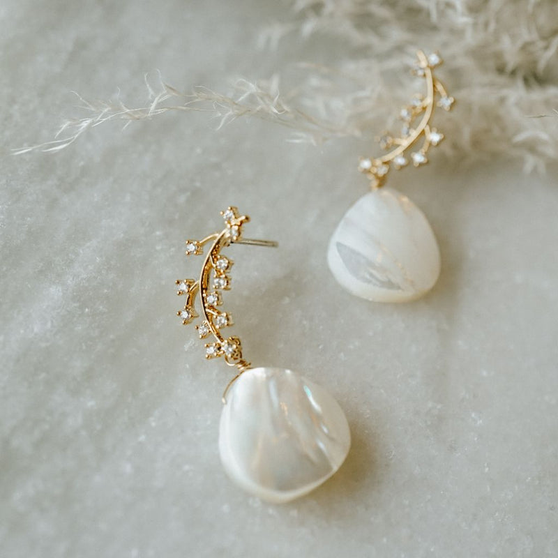 Ella Pearl Earrings
