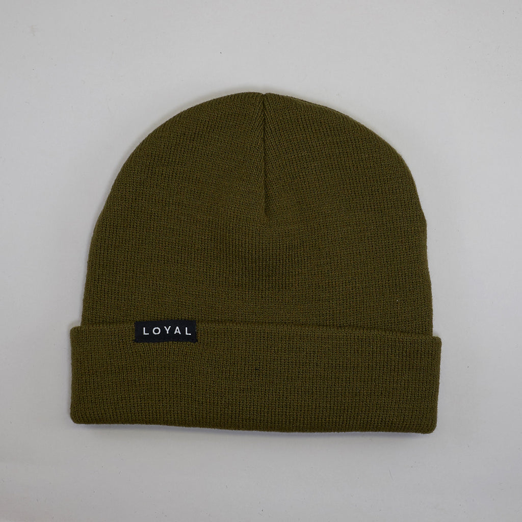 FITTED WINTER HAT - OLIVE