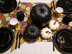 CHRYSANTHEMUM PUMPKINS & OWLS BLACK TABLESCAPE includes TABLESETTING