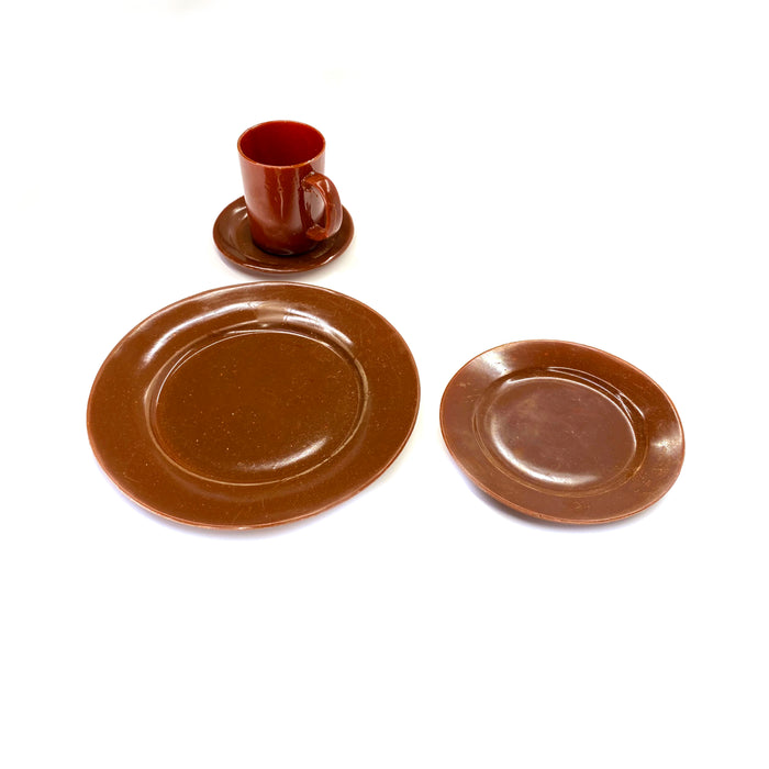NewRuleFX Brand SMASHProps Breakaway 4 Piece Place Setting - AMBER BROWN opaque - Amber Brown,Opaque