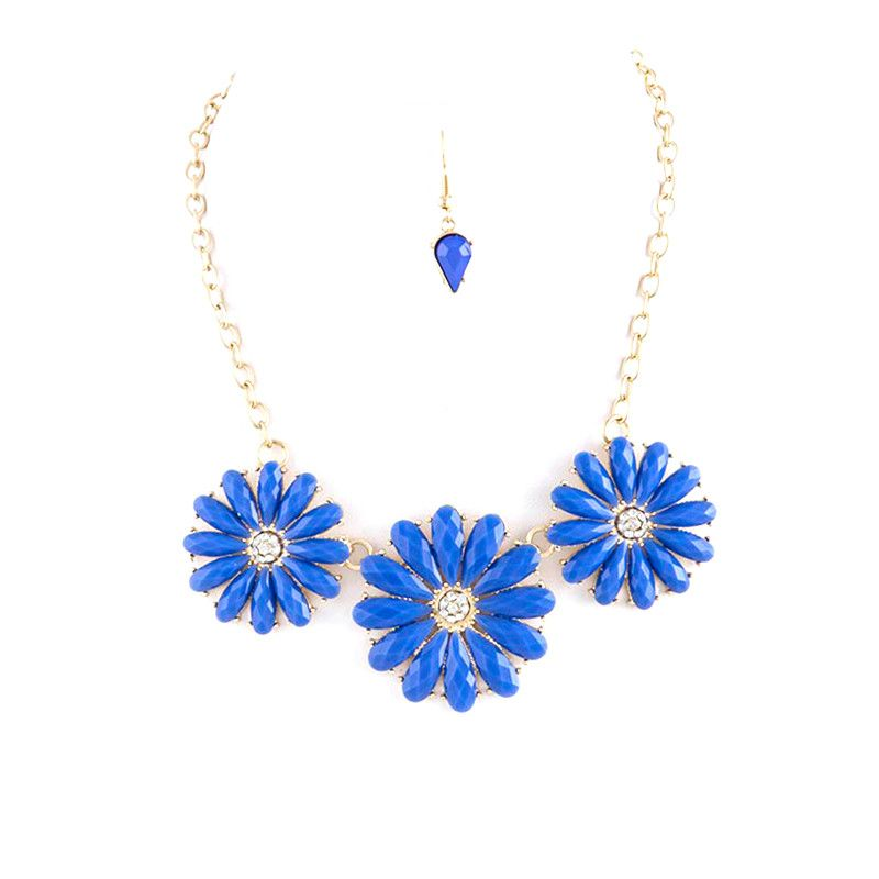 Bloom Necklace Set - Jewelry Buzz Box  - 1
